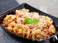 Рецепта Паста със заешко месо със сос от сметана, бяло вино и коняк